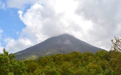Costa Rica #4 – Le majestueux volcan Arenal et ses sources chaudes