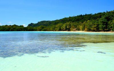 Vanuatu #3 – 50 nuances de bleu sur la côte Est d'Espiritu Santo