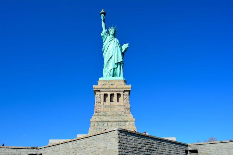 Le rêve américain, entre joie et désillusion : bilan des 6 premiers mois